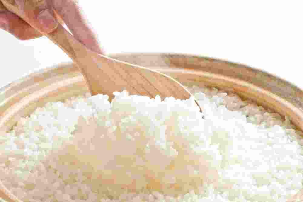 Tidak Makan Nasi, Bisa Hindari Perut Buncit?