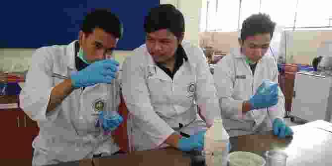 Mahasiswa UB Ciptakan Alat Penyerap Tumpahan Minyak