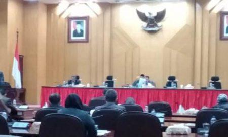 Anggota DPRD Surabaya Kecewa Risma Tak Hadiri Rapat Paripurna