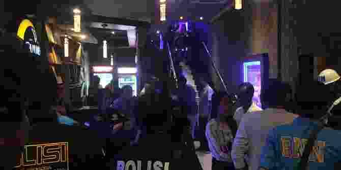 Positif Narkoba Polisi Angkut 3 Pengunjung Hiburan Malam BSD Tangerang