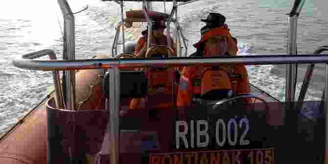 Sebuah Kapal Trawl Dikabarkan Tenggelam Di Perairan Pulau Baru Bengkayang