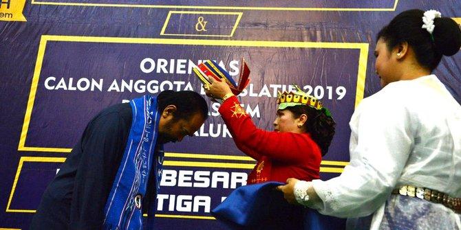 Surya Paloh Mendapat Gelar Pemimpin Berani Dari Majelis Latupati Maluku