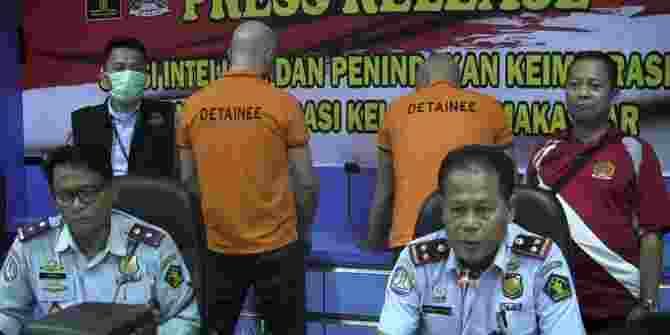 2 Warga Bulgaria Pembobol ATM Di Makassar Diamankan Polisi