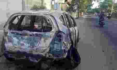 Sebuah Mobil Honda Jazz Ludes Terbakar Di Tangerang