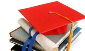 Andini Mendapatkan Beasiswa Sampai Universitas