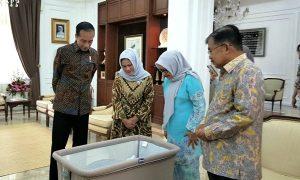 Presiden Joko Widodo Mendadak Menengok Cucu Wapres JK