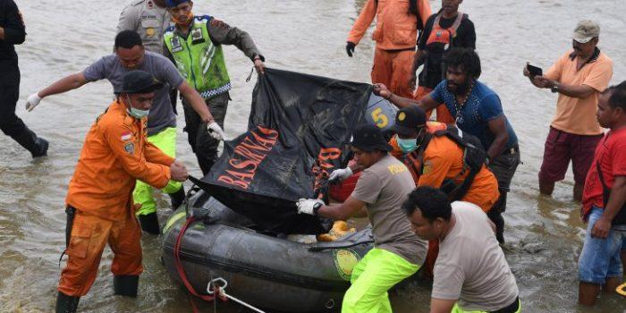 99 Mayat Korban Banjir Berhasil Dievakuasi